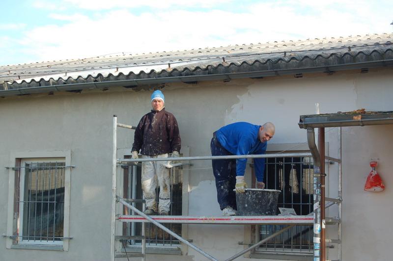 Außenarbeiten am Fanhaus