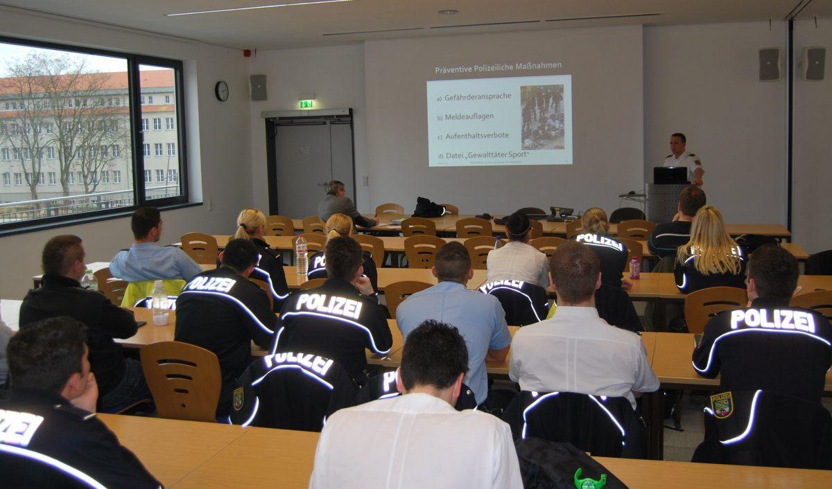 Fanprojekt an der Polizeifachhochschule Aschersleben